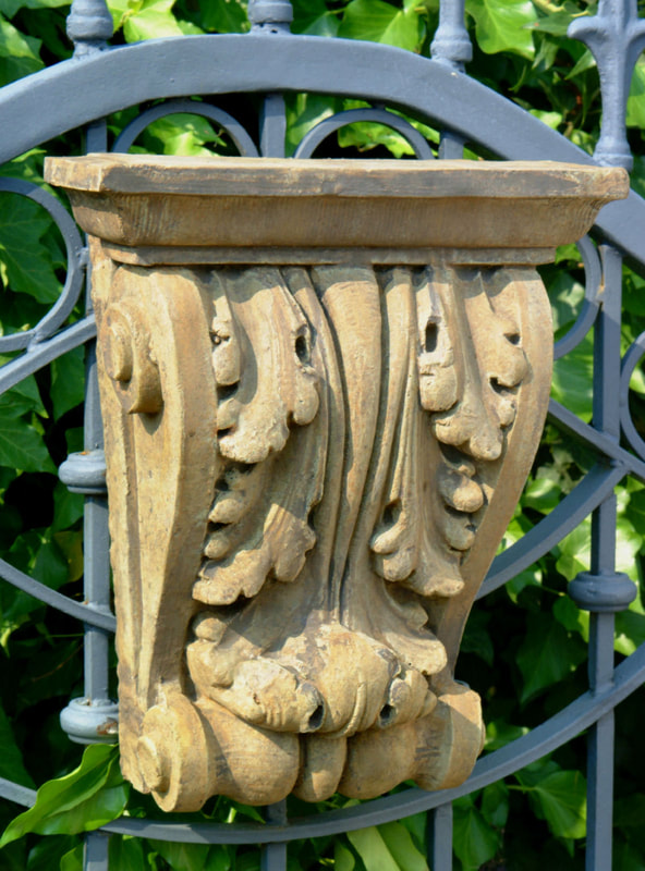 Unique Stone Acanthus Corbel - Large